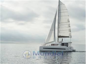 Bali 4.1 - Catamarano