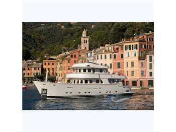 Terranova Yachts - 85'