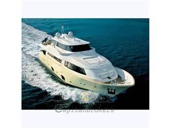 Custom Line - Navetta 26