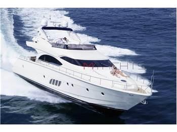 Dominator Yachts - 68