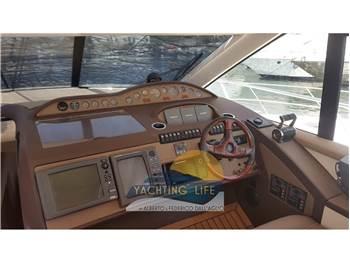 Princess Yachts V 65