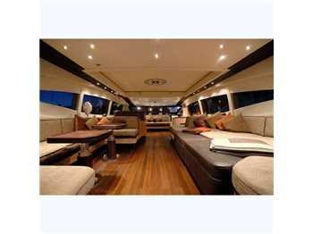 Mangusta yachts 109.8