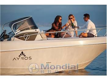 Noleggio Rent Charter Ayros XA 24 Walkaround - con patente